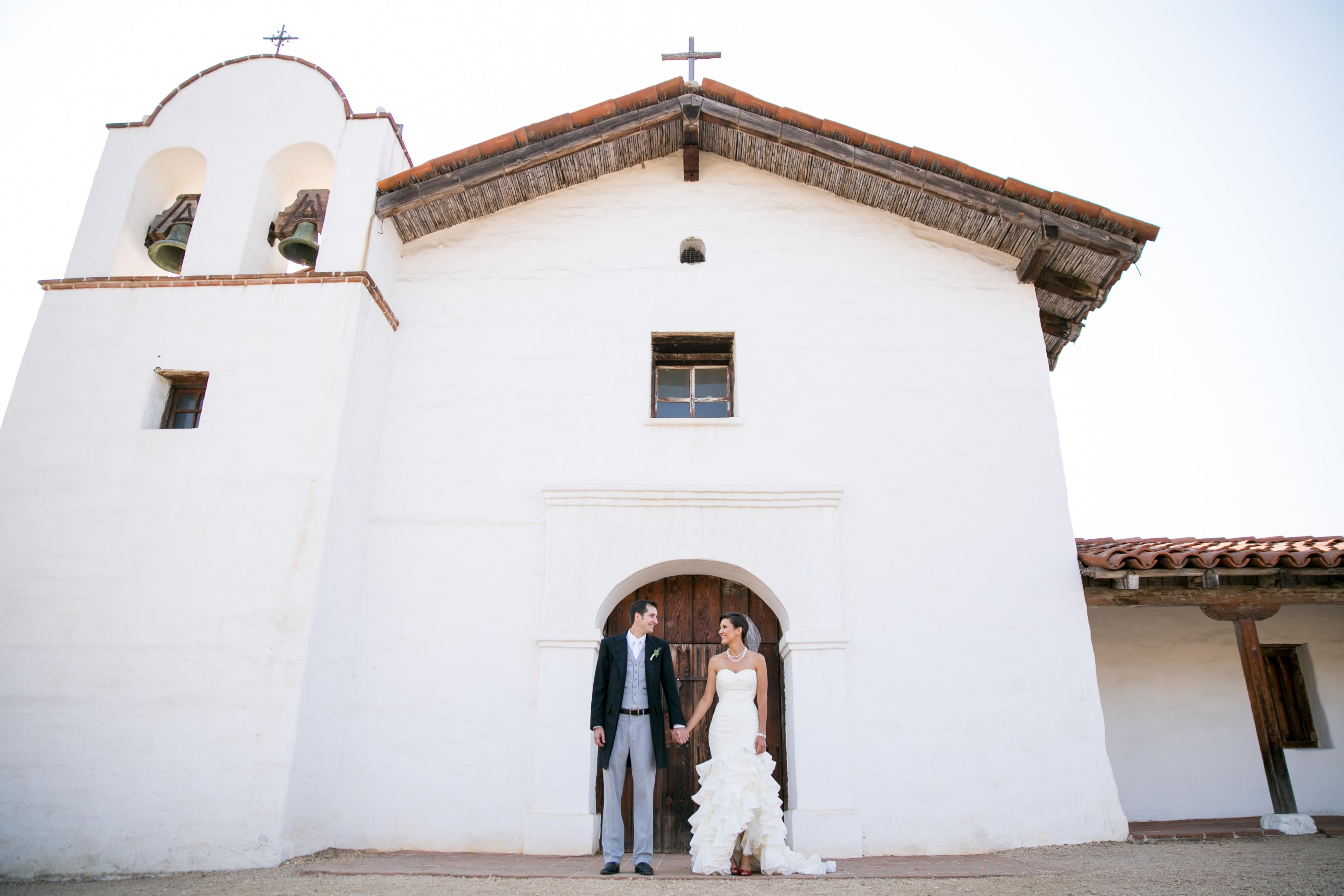 Santa barbara el presidio wedding karen d photography 41 for Mural room santa barbara courthouse