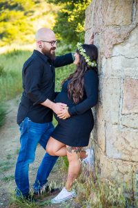 Couple leans into each other at Knapp's Castle photoshoot.
