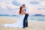 Sunset wedding photos at Lanikai Beach, Honolulu Hawaii wedding.