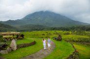 Engagement photos at La Fortuna, Costa Rica.